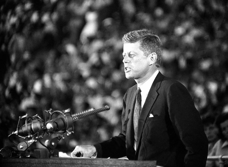 Жизнь и смерть Джона Ф. Кеннеди (50 фото)