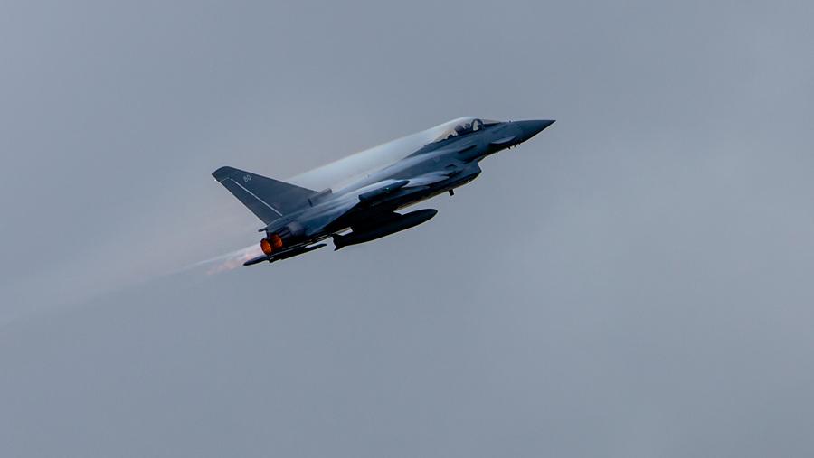 Истребитель «Тайфун» (15 фото)