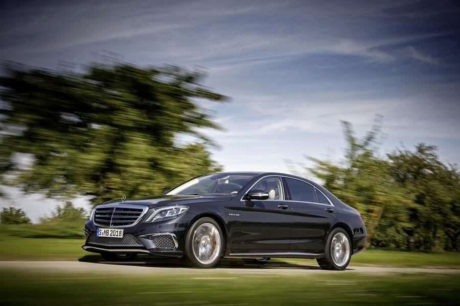 Флагманский седан Mercedes-Benz рассекречен (12 фото)