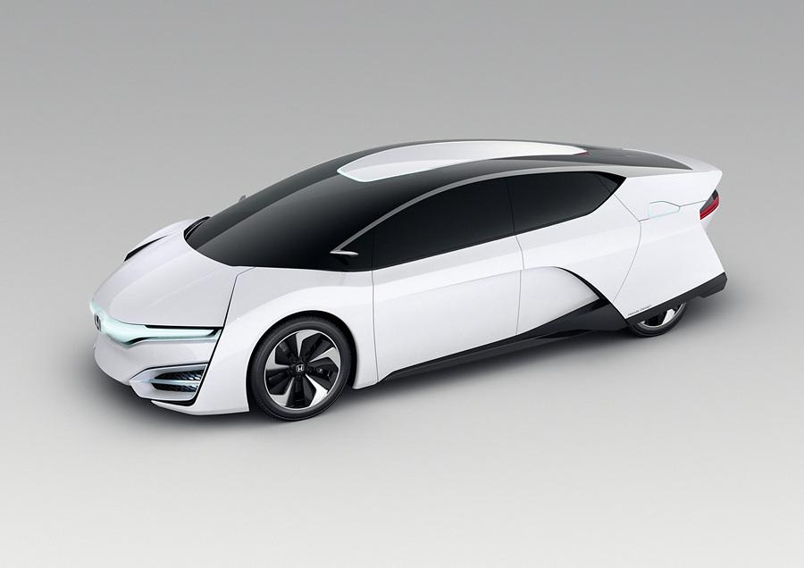 Honda представила водородомобиль (7 фото + HD-видео)