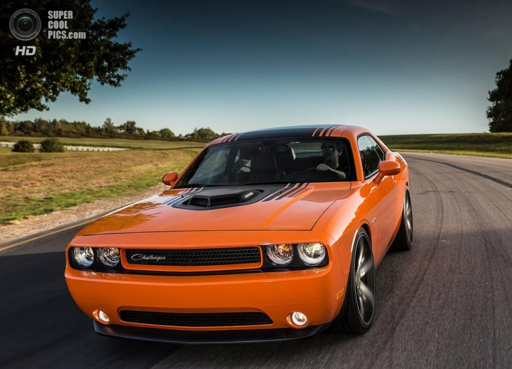 Dodge Challenger R/T Shaker. (Chrysler Group LLC)