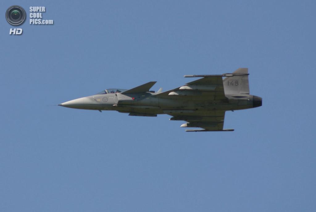 Saab JAS 39 Gripen. (Greatpatton)