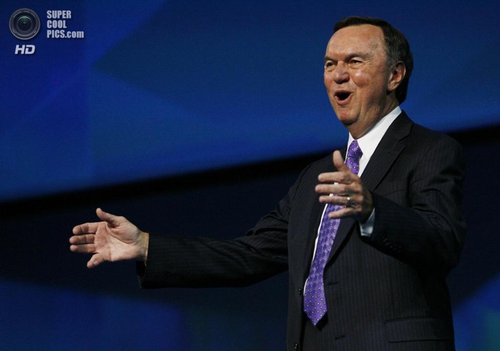 10 место. Председатель совета директоров торговой сети Wal-Mart Майкл Дюк. (AP Photo/Gareth Patterson)
