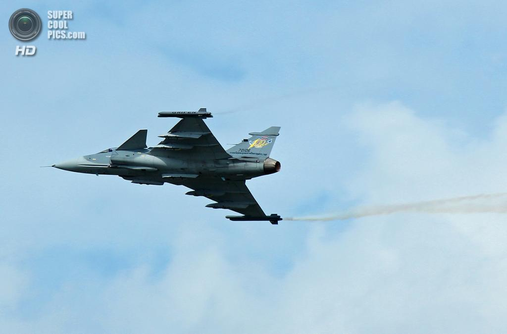Saab JAS 39 Gripen. (Fuws260)