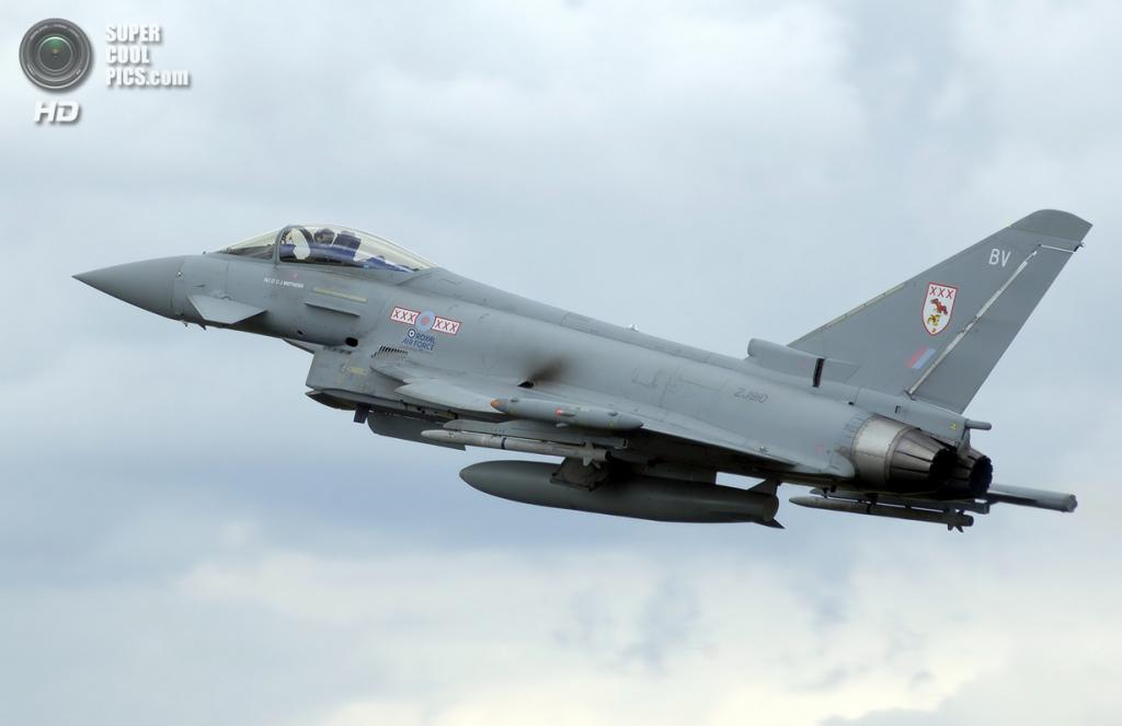 Eurofighter Typhoon. (Arpingstone)