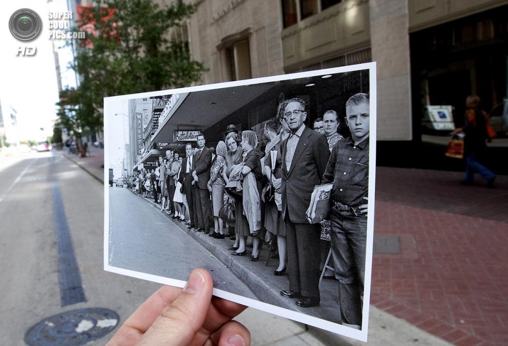 США. Даллас, Техас. 7 ноября. Репортёр с фотографией зрителей на Трэвис-стрит, встречающих автоколонну Джона Кеннеди за день до его убийства. (AP Photo/Houston Chronicle, Cody Duty)