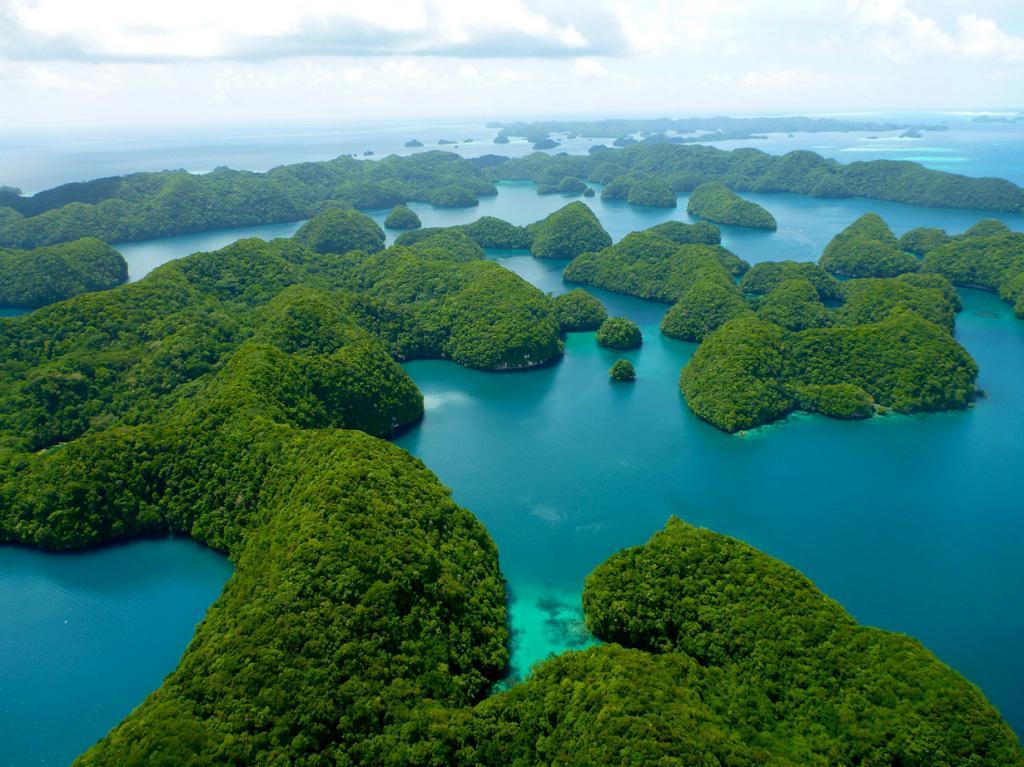 Палау: Бусы из вечнозелёных островов (12 фото)