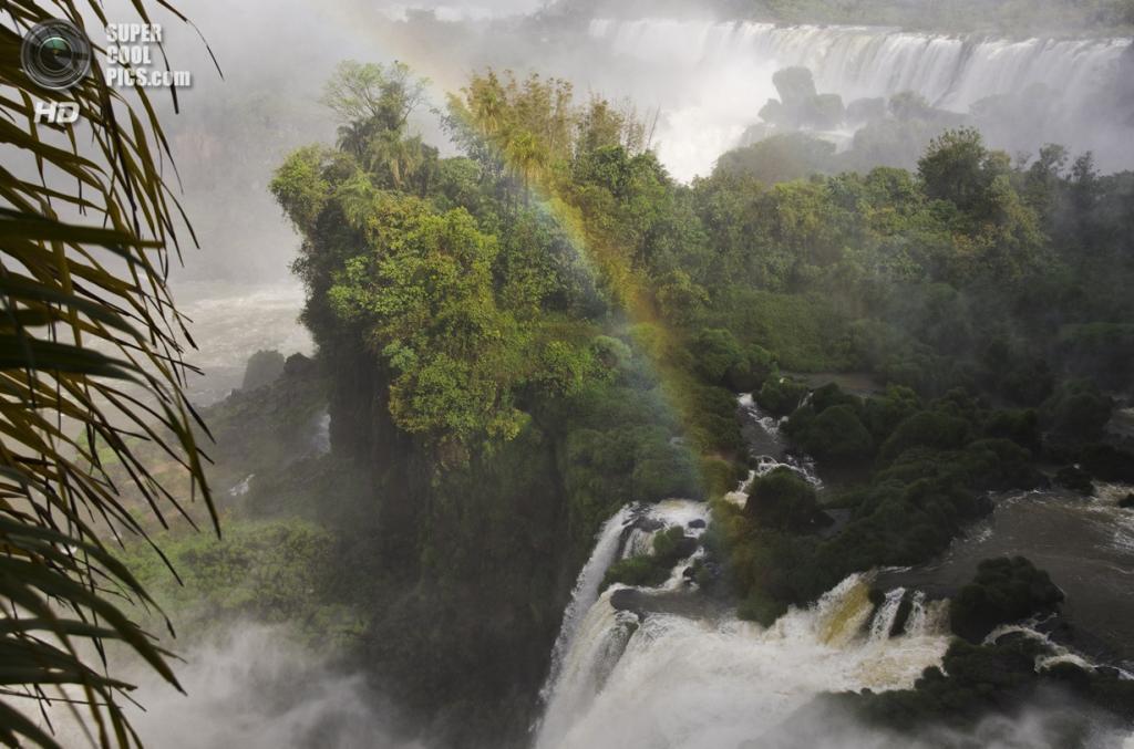 Граница Бразилии и Аргентины. Водопады Игуасу. (Suphiro)