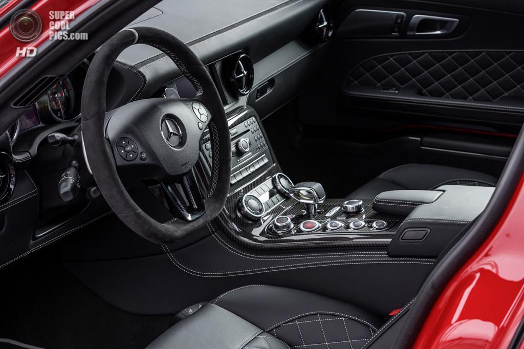 Mercedes-Benz SLS AMG GT Final Edition. (Daimler AG)