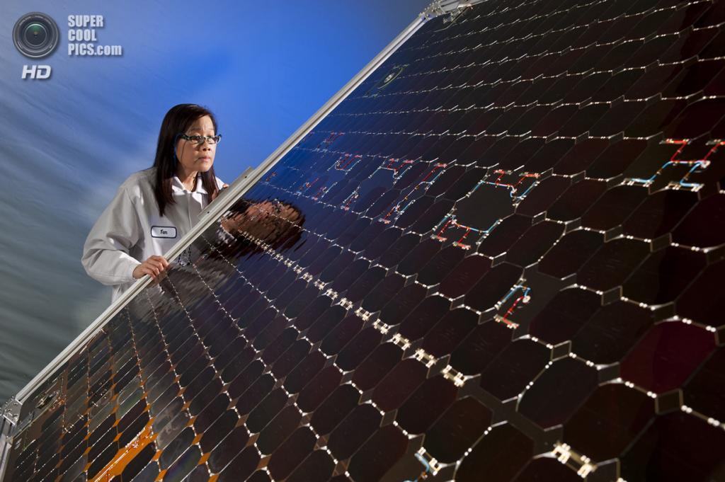 США. Денвер, Колорадо. 7 февраля 2012 года. Конструирование и тестирование космического аппарата MAVEN. (Lockheed Martin)