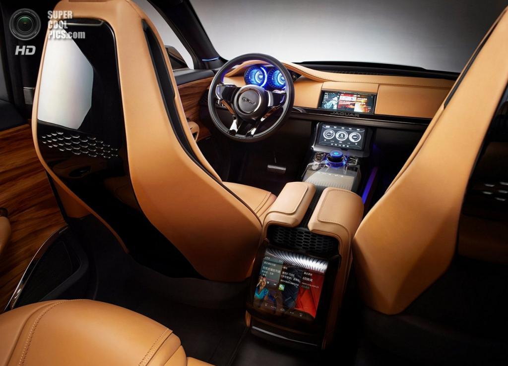 Jaguar C-X17 5-Seater Concept. (Jaguar Land Rover)