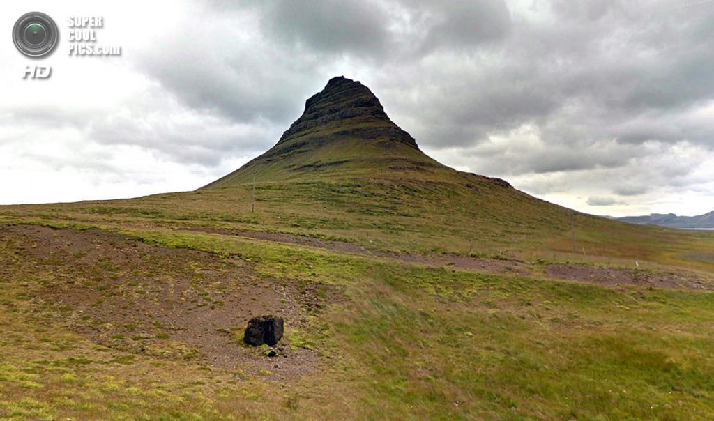 Исландия. Грюндарфьёрдюр. Одинокая скала. (Google)