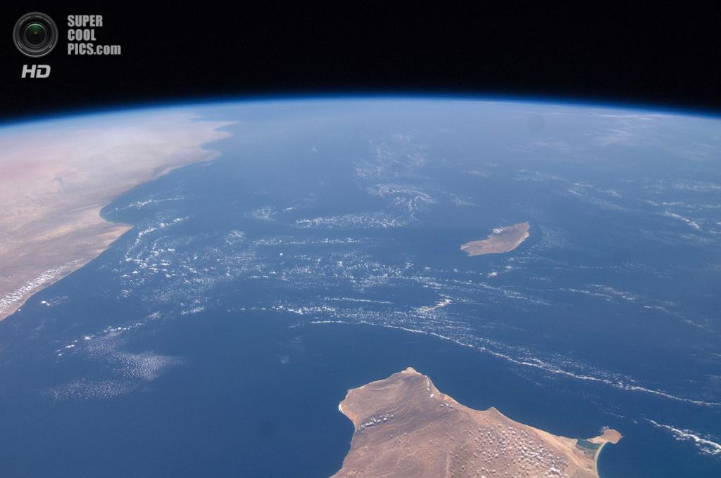 Вид на Сокотру с борта МКС. (NASA)