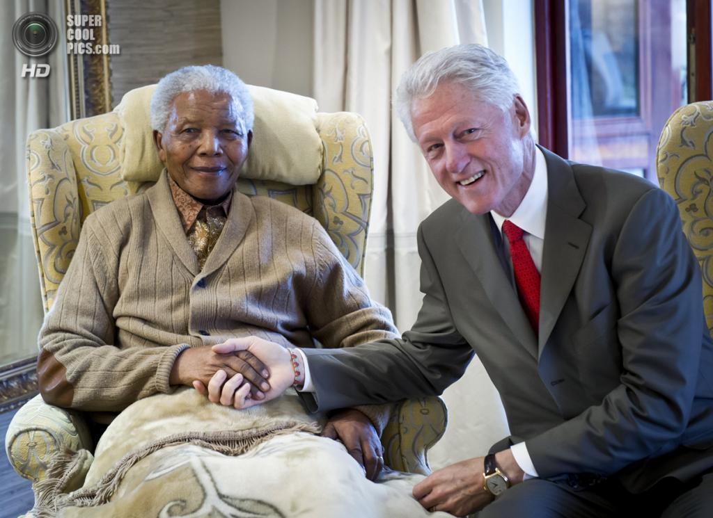 ЮАР. Куну. 17 июля 2012 года. Нельсон Мандела и Билл Клинтон. (Barbara Kinney/Clinton Foundation via Getty Images)
