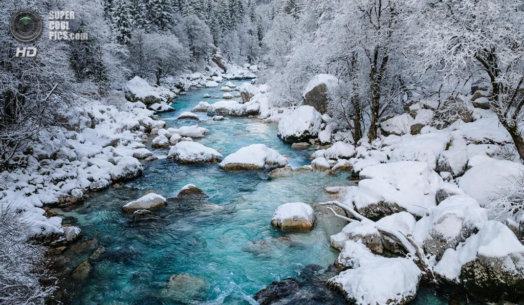 Зимний пейзаж. (Luka Esenko)