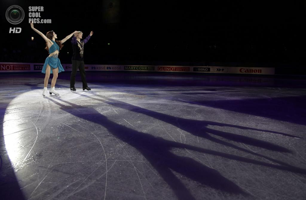Япония. Фукуока. 7 декабря. Мерил Дэвис и Чарли Уайт из США в Финале Гран-при по фигурному катанию. (AP Photo/Shizuo Kambayashi)