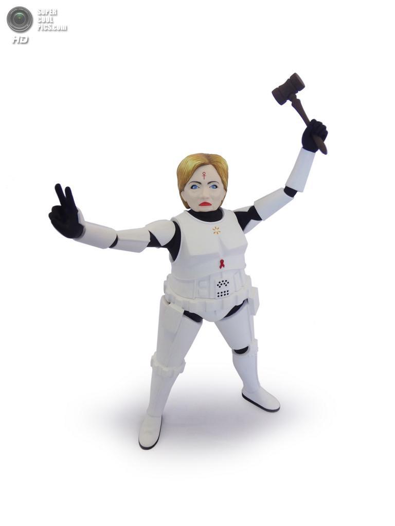 Хиллари Клинтон в роли имперского штурмовика. (Mike Leavitt/Rex USA)