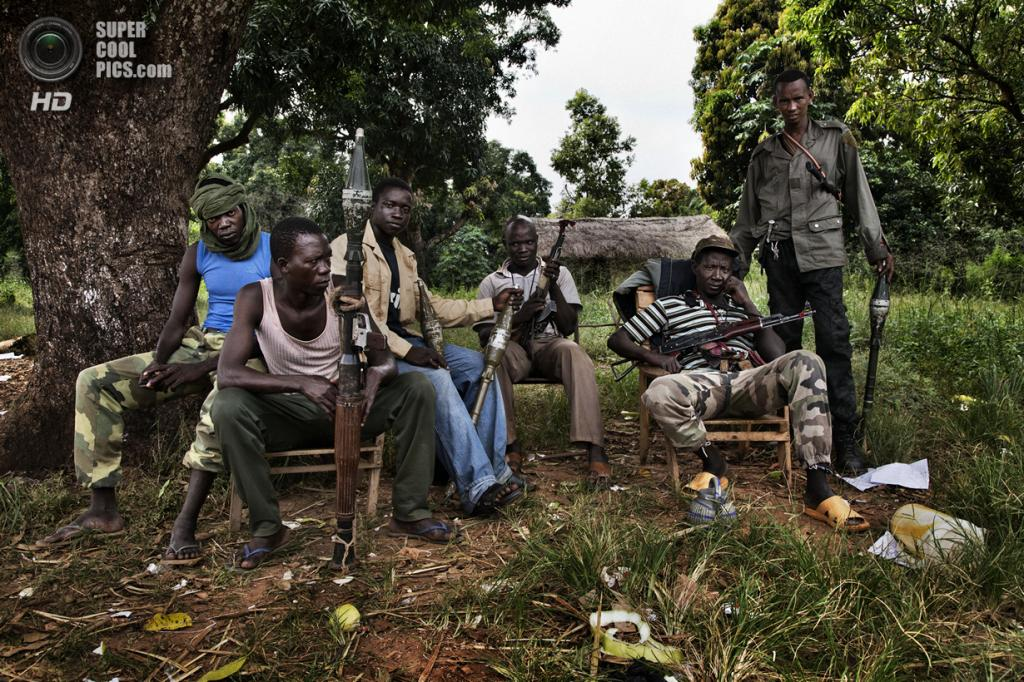 Центральноафриканская Республика. Босангоа, Уам. 4 ноября. Боевики мусульманской группировки «Селека». (Marcus Bleasdale/VII)