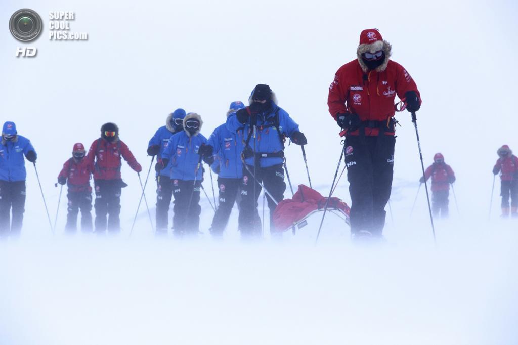 Антарктида. 25 ноября. Во время антарктической экспедиции. (Robert Leveritt WWTW via Getty Images)