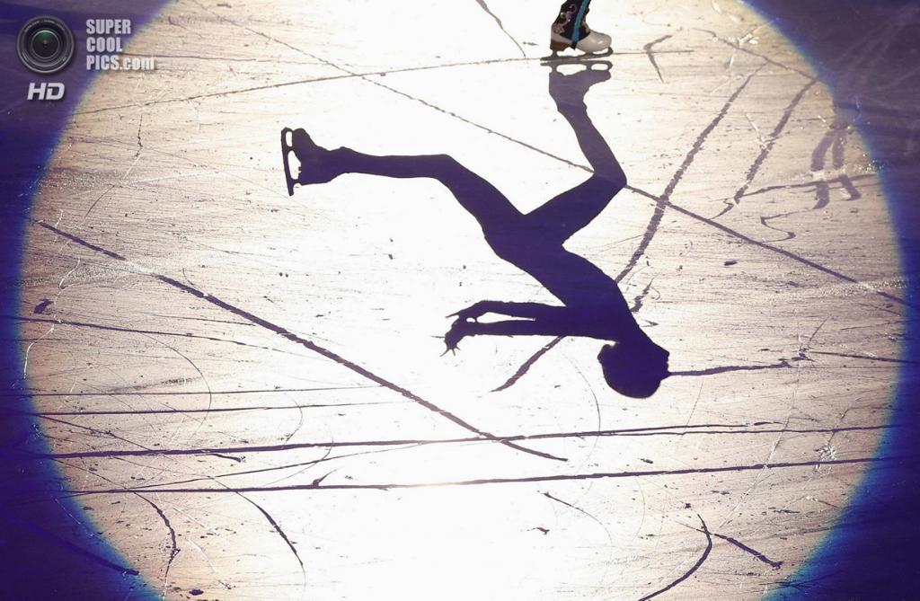 Япония. Фукуока. 8 декабря. Мария Сотскова из России в Финале Гран-при по фигурному катанию. (REUTERS/Issei Kato)