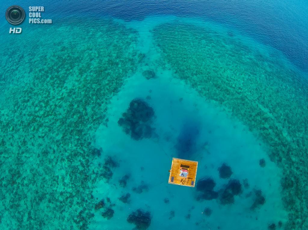 Танзания. Пемба, Занзибар. Отель The Manta Resort, спроектированный Genberg Underwater Hotels. (Jesper Anhede)