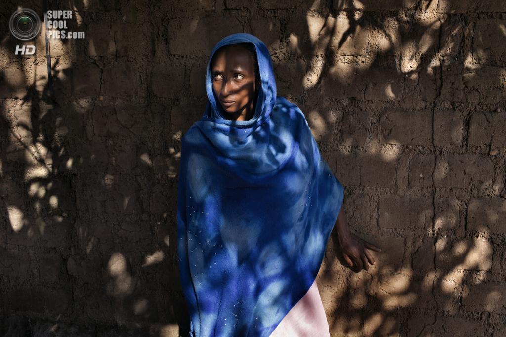 Центральноафриканская Республика. Босангоа, Уам. 2 ноября. Мусульманка Ашату Али. (Marcus Bleasdale/VII)