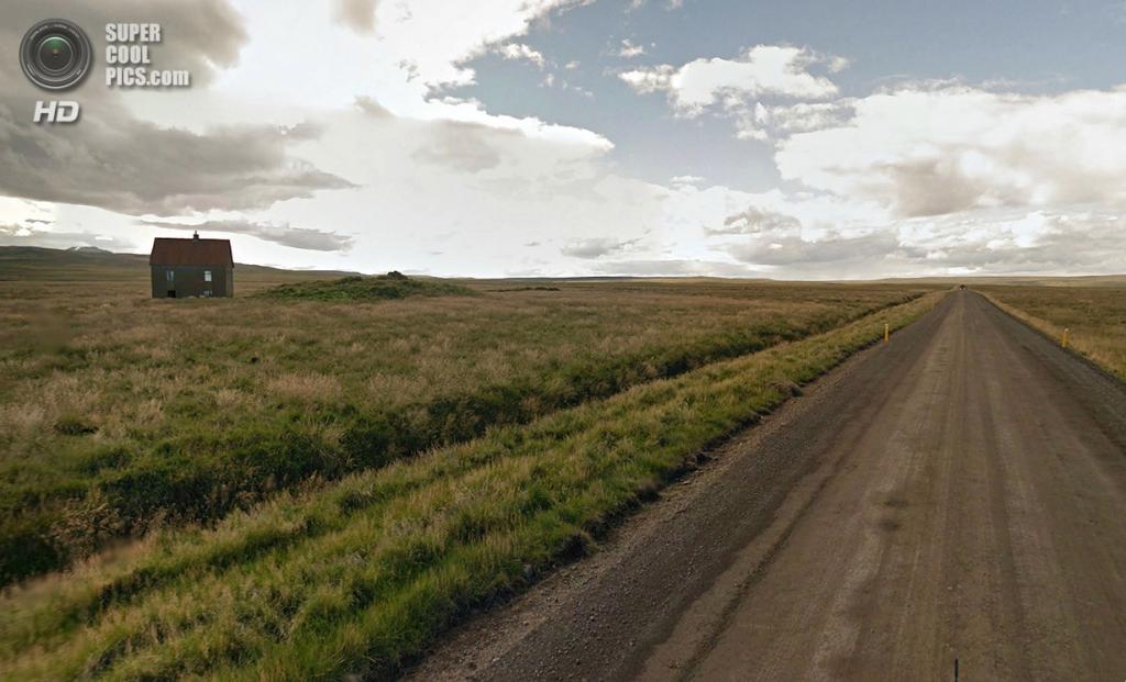 Исландия. Одинокий дом на северо-западе. (Google)