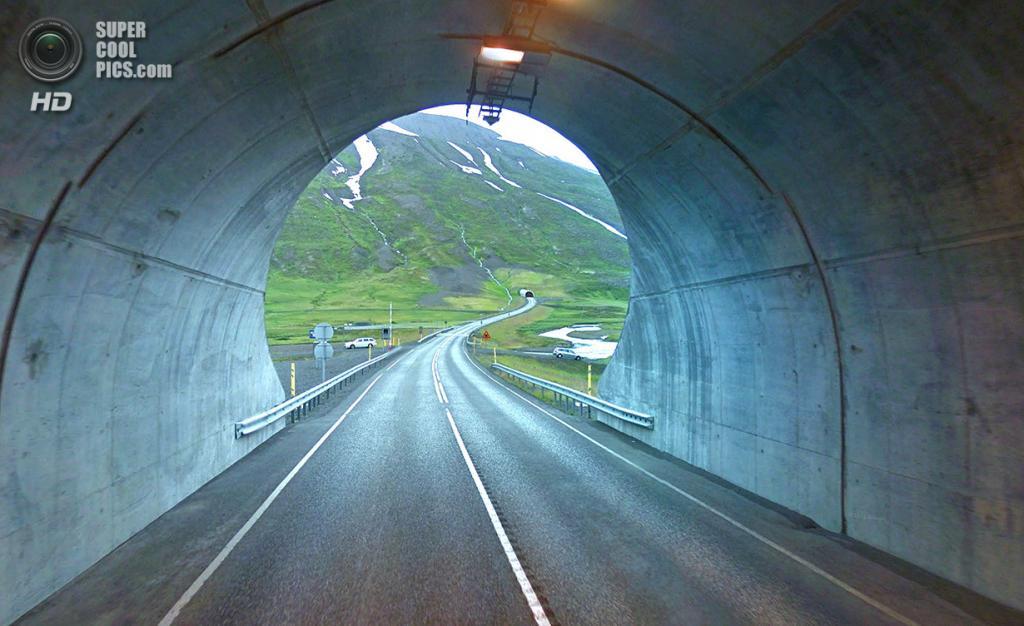 Исландия. Долина меж тоннелей на севере. (Google)