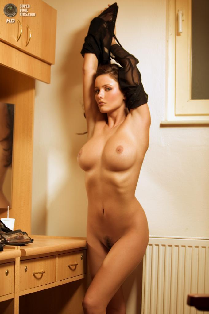 Сексуальные голые шлюхи 7 фотография
