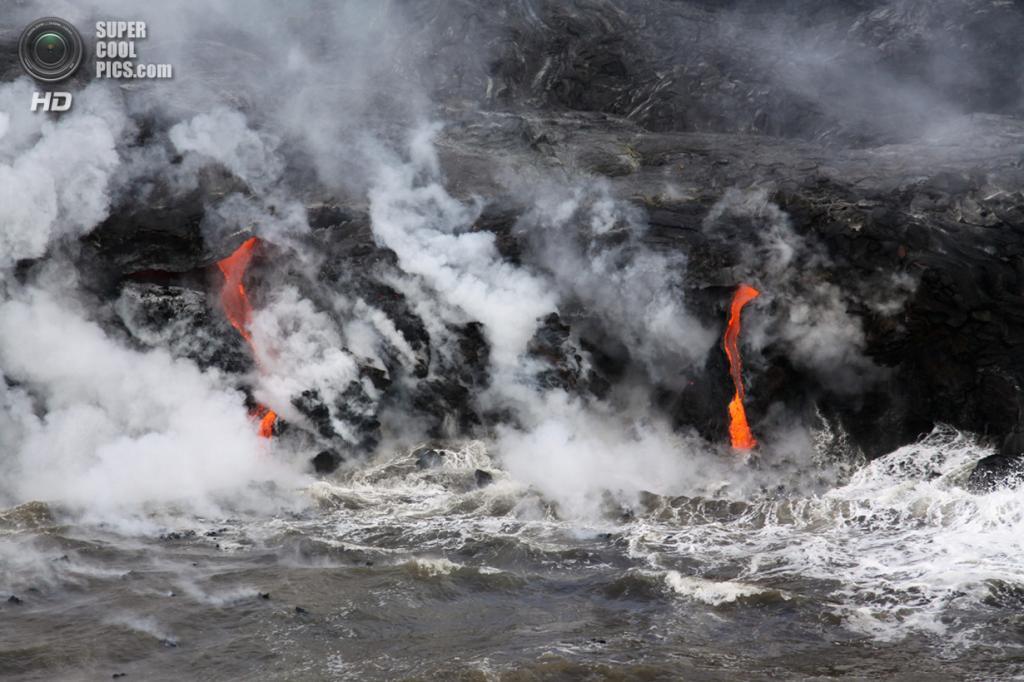 США. Гавайи. 2 мая. Извержение вулкана Килауэа. (Tim Orr/USGS/Hawaiian Volcano Observatory)