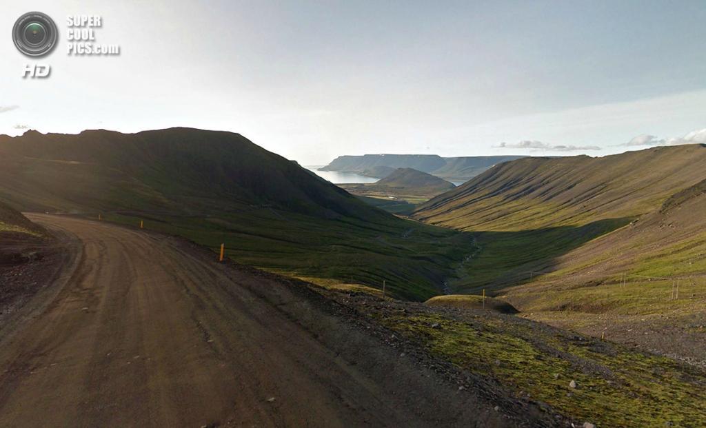 Исландия. Долина по пути в Тингейри. (Google)