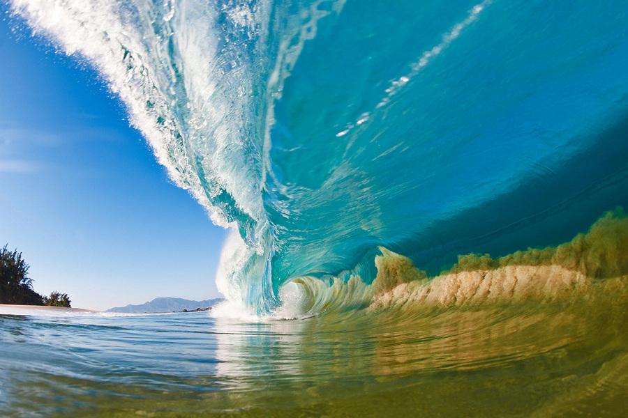 Страсть к волнам (12 фото + HD-видео)