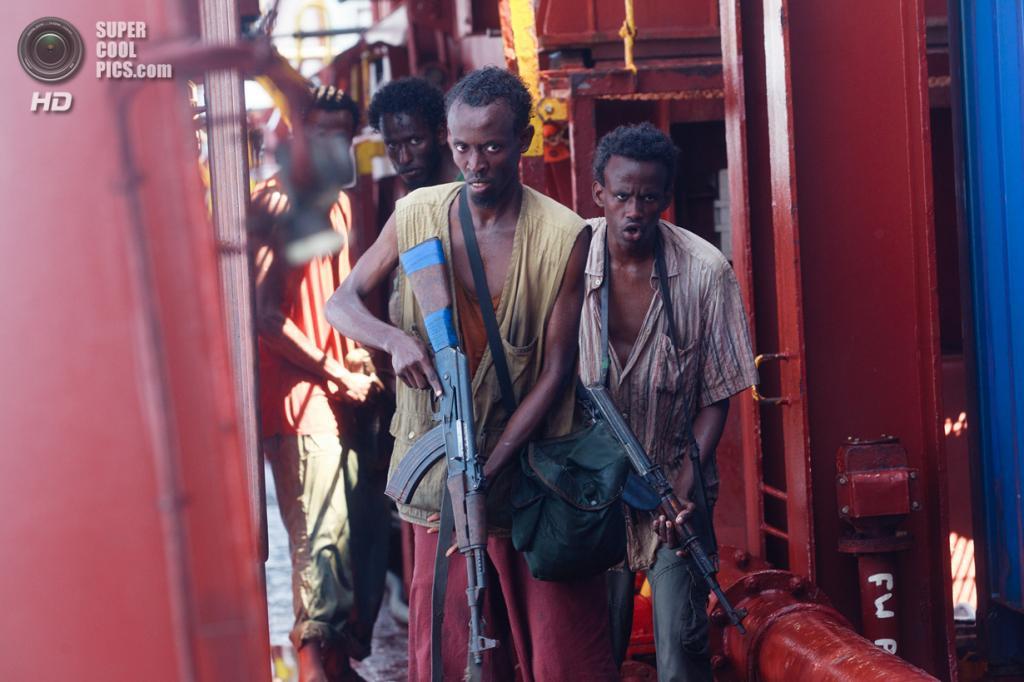 Номинант на премию «Лучшая мужская роль второго плана» Бархад Абди. Американский актёр сомалийского происхождения, сыгравший Абдували Мусе в фильме «Капитан Филлипс». (Кадр из фильма)