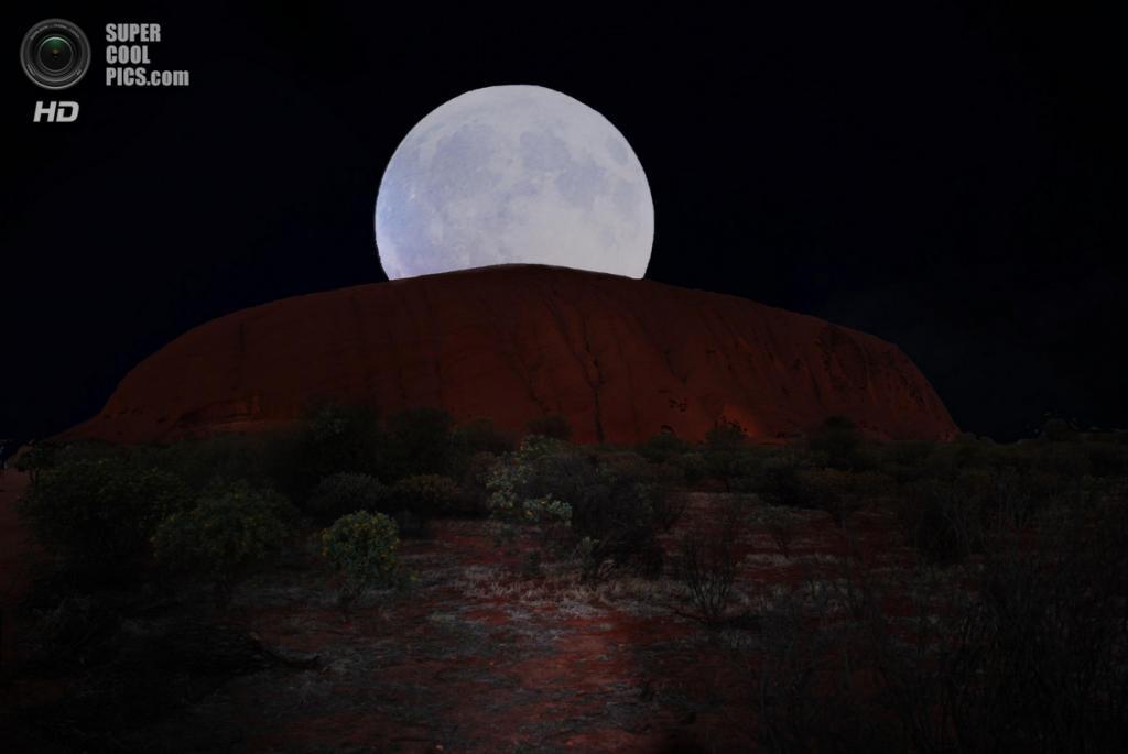 Австралия. Северная территория. Скала Улуру в Национальном парке Улуру-Ката Тьюта. (Albert Perpinyà)