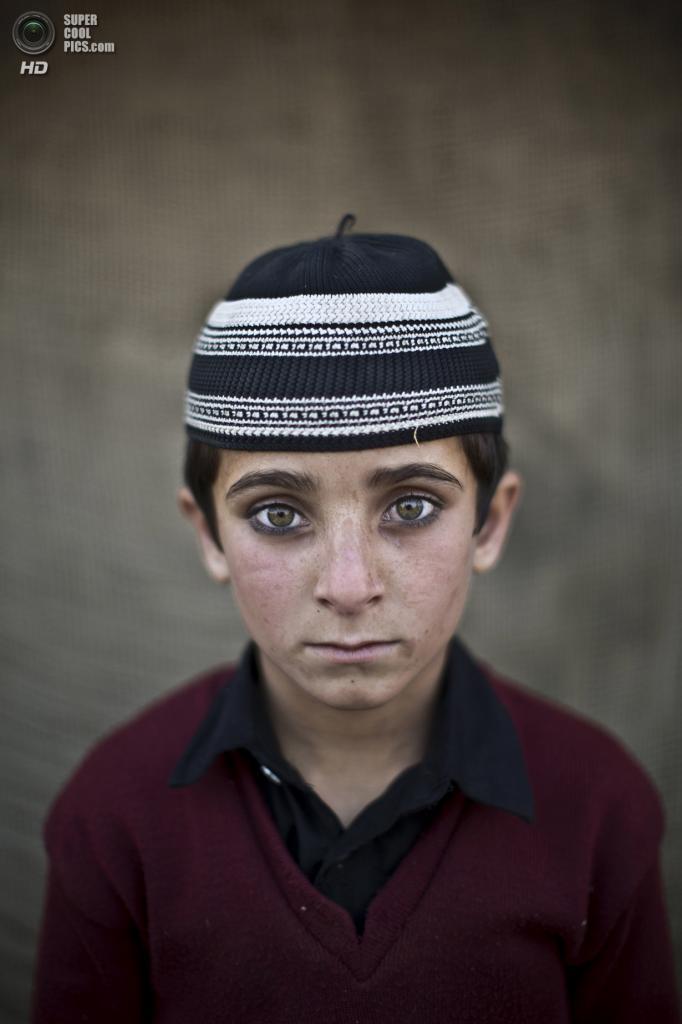 Хайят Хан, 8 лет. (AP Photo/Muhammed Muheisen)
