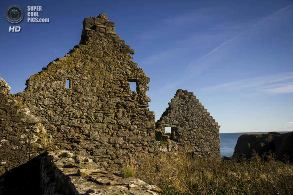 Великобритания. Абердиншир, Шотландия. Замок Данноттар. (Chris)
