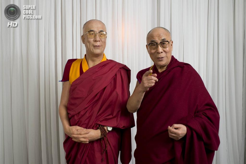 Австралия. Сидней. Далай-лама XIV и его восковая фигура. (Getty Images)