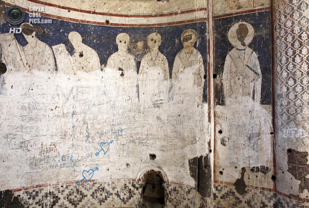 Турция. Ани, Карс. 19 февраля 2010 года. Фрески Церкви Святого Григория. (REUTERS/Umit Bektas)