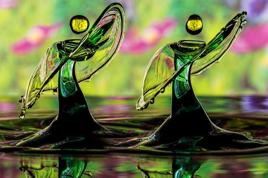 Stunning high-speed liquid droplets
