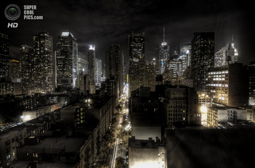 Остров Манхэттен в Нью-Йорке, США. Население: 1 634 795 чел. Площадь: 59,47 км². Плотность населения: 27 489 чел./км². (Paulo Barcellos Jr.)