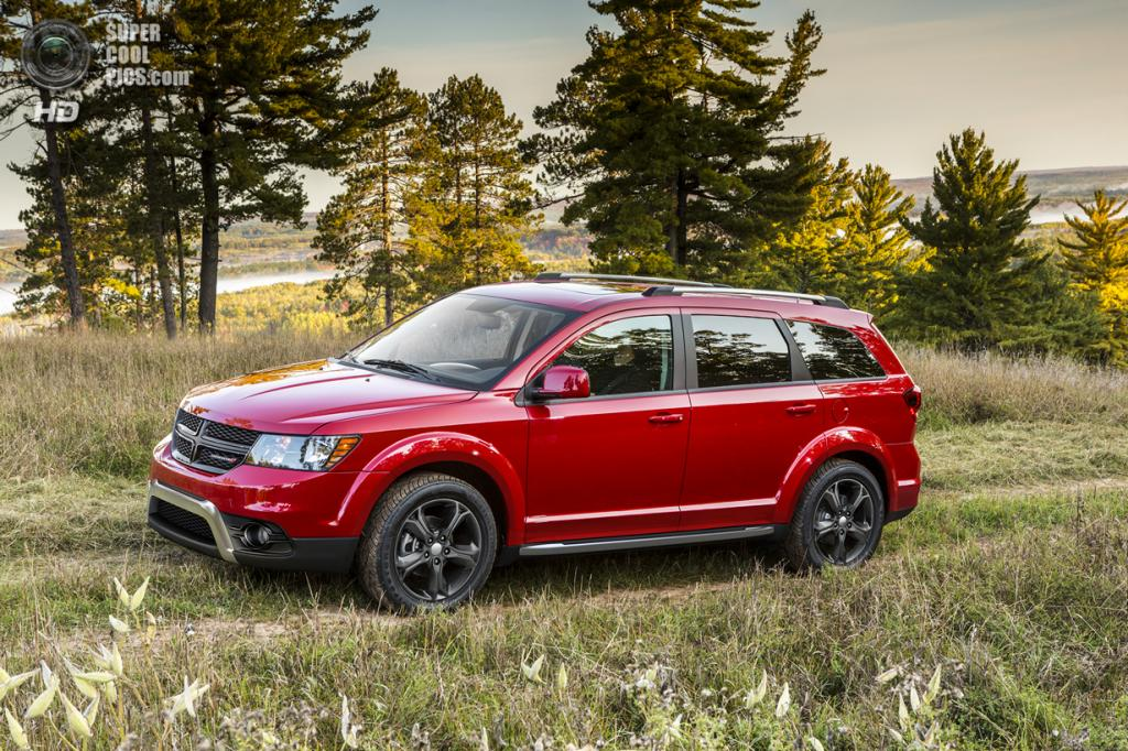 Dodge Journey Crossroad. (Chrysler Group LLC)
