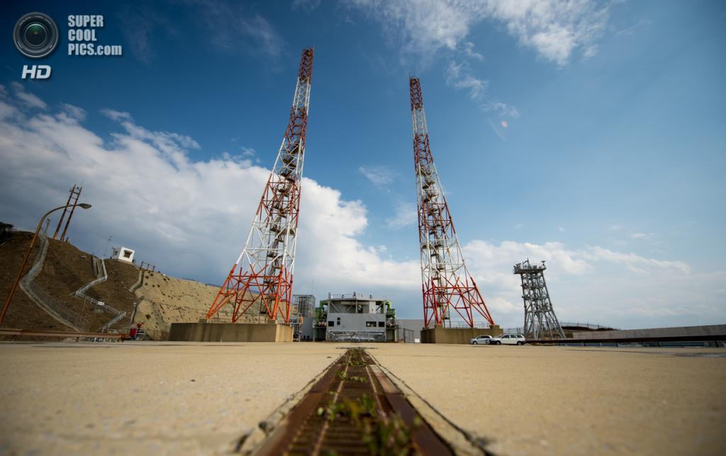 Япония. Танегасима, Кагосима. 24 февраля.  Пусковая платформа 1 на территории Космического центра Танэгасима. (NASA/Bill Ingalls)