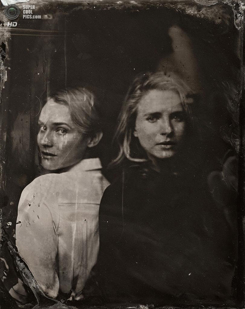 Диана Крюгер и Брит Марлинг. (Victoria Will/Invision/AP)