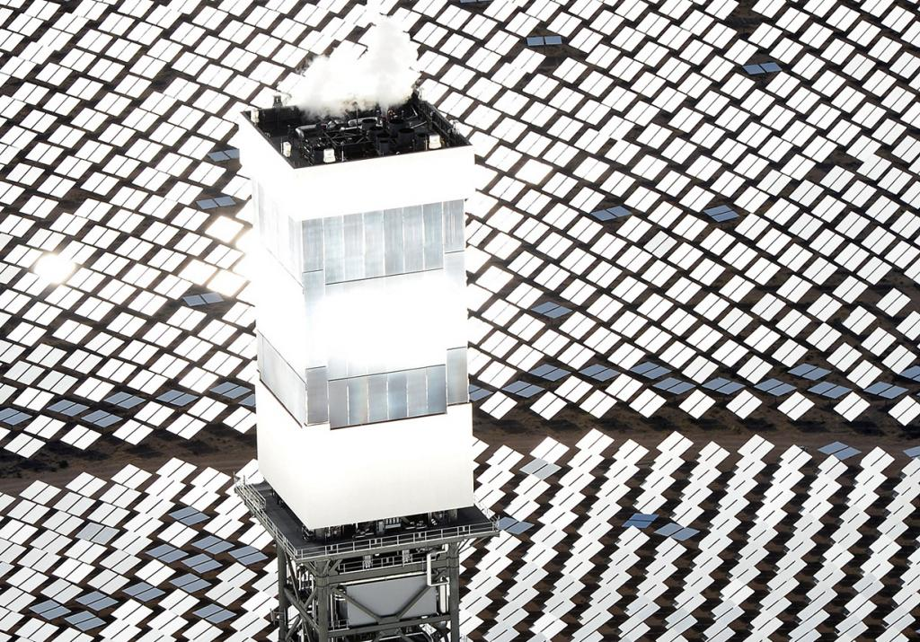 Система солнечных электростанций «Айванпа» (18 фото)
