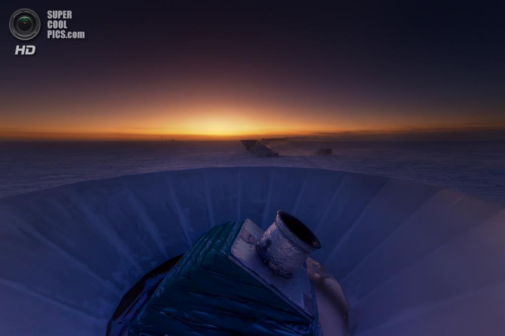 Чаша телескопа BICEP2 на фоне антарктической станции Амундсен — Скотт, до которой всего 1 км. (NASA/JPL-Caltech)