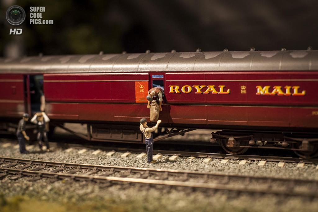 Великобритания. Лондон. 23 марта. Модель железной дороги, которая является иллюстрацией к «Большому ограблению поезда» 1963 года. (Rob Stothard/Getty Images)
