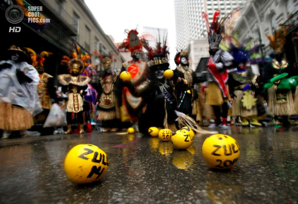 США. Новый Орлеан, Луизиана. 4 марта. Шествие членов клуба Krewe of Zulu. (Sean Gardner/Getty Images)