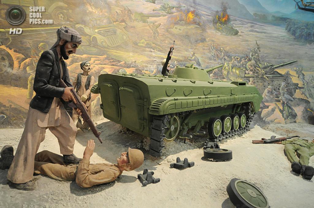 Афганистан. Герат. 8 августа 2009 года. Сцена сражения. (Shah Marai/AFP/Getty Images)