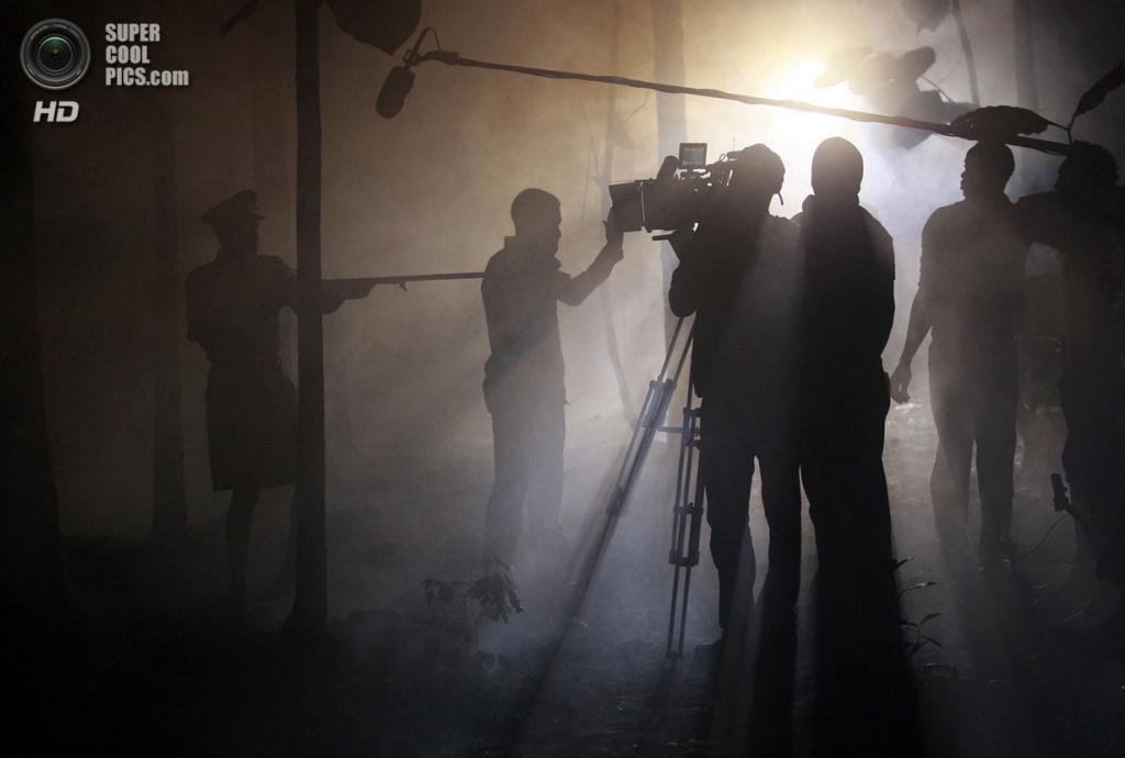 Съёмки триллера «1 октября» режиссёра Кунле Афолаяна. (REUTERS/Akintunde Akinleye)