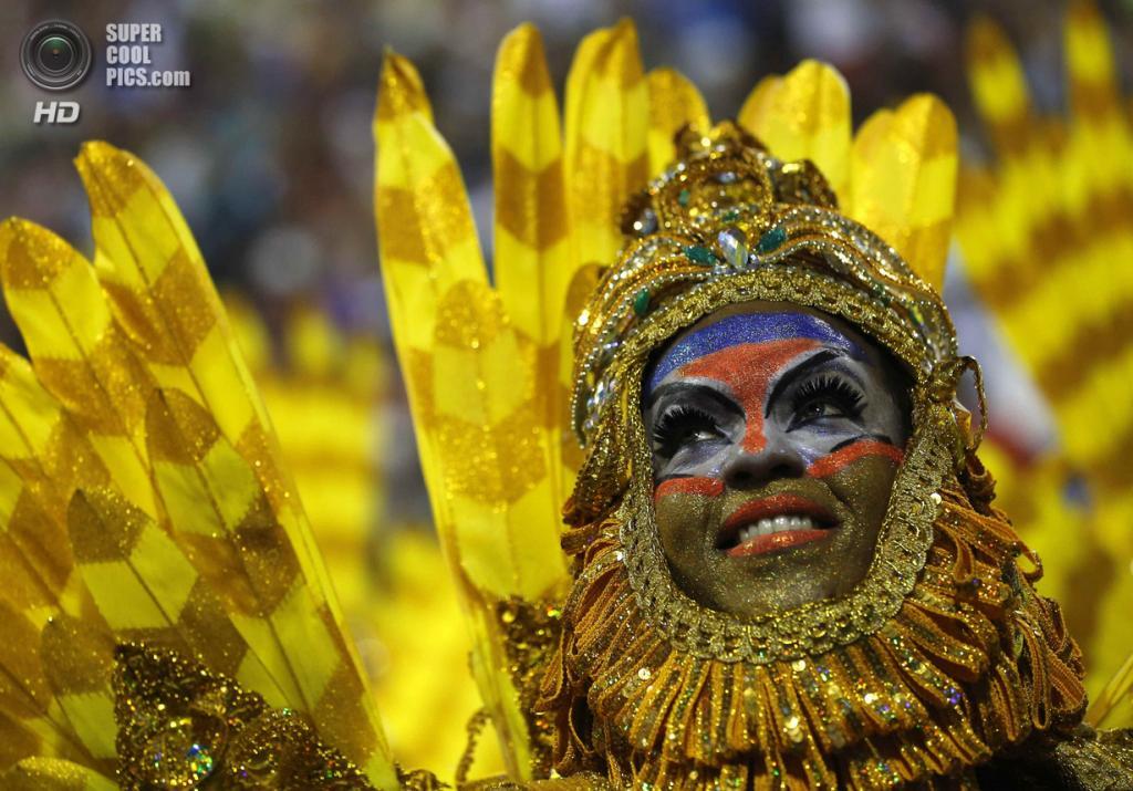 Бразилия. Рио-де-Жанейро. Во время карнавала. (REUTERS/Sergio Moraes)